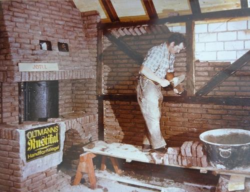 1982: Matthias senior beim Mauern